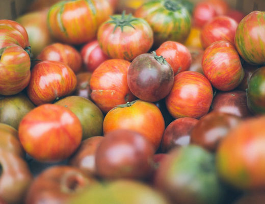 tomatoes-and-brexit. Photo by Anda Ambrosini on Unsplash